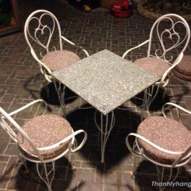 bàn ghế đá kiểu