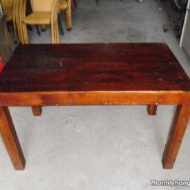 Thanh lý bàn gỗ nhà hàng
